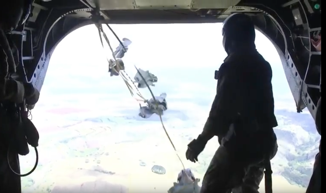 [VIDEO] 4th Force Recon Airborne Ops