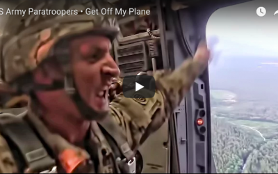 US Army Paratroopers – Get Off My Plane!